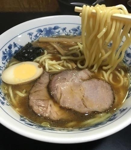 「ラーメン ¥730 (麺少なめ/200gで)」@麺屋ごとうの写真