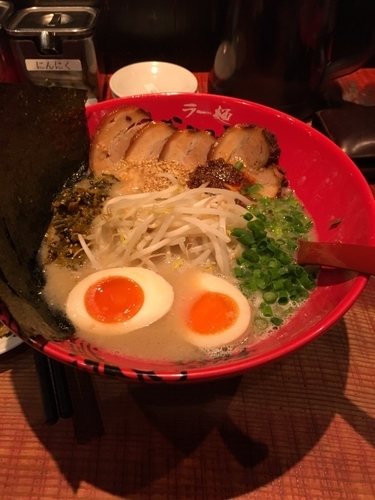 「全部のせらーめん」@ラー麺 ずんどう屋 姫路南店の写真