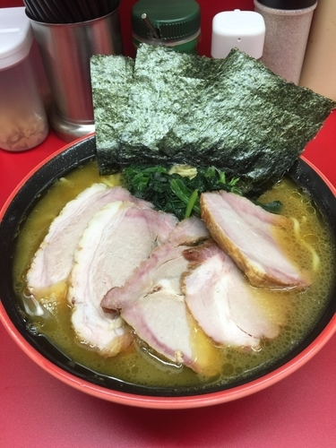 「塩チャーシュー麺中盛980円、硬め」@横濱家系ラーメン 勝鬨家の写真