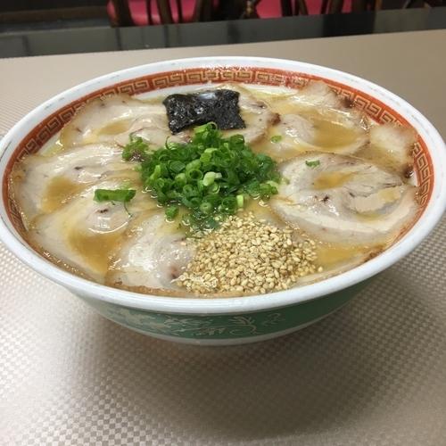 「満腹焼豚麺」@宝来軒 宇佐店の写真