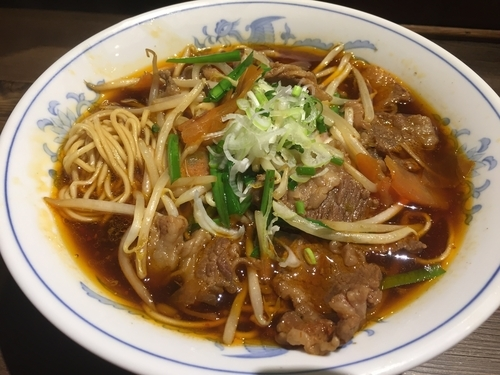 「牛辛温麺【本日の一杯】(850円)」@拉麺5510の写真