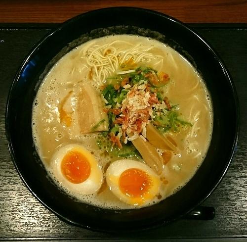 「海老豚骨ラーメン 味玉」@麺匠 えい蔵の写真