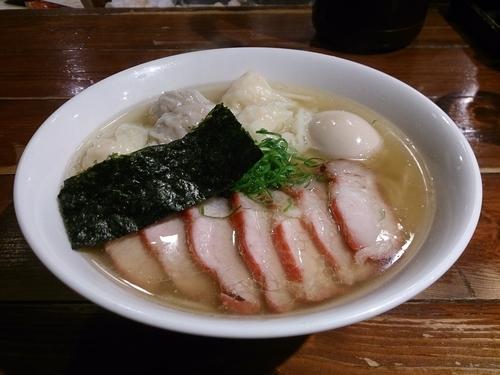 「チャーシュー特製ワンタン麺(白だし)+味付玉子」@八雲の写真