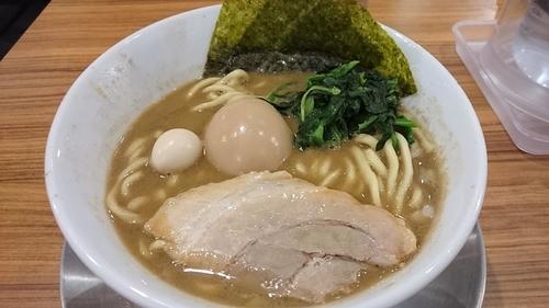 「激にぼ+味玉(クーポン) ¥ 830」@横浜家系ラーメン 壱角家 メトロ西葛西店の写真