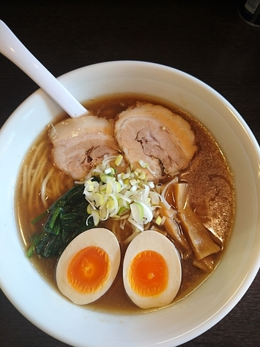「ラーメン 650円 味玉(クーポン)」@麺屋 楠の写真