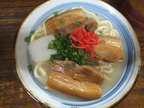 「三枚肉そば600円」@むつみ橋かどやの写真