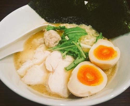「特製濃厚鶏白湯ラーメン(980円)+大盛り(クーポン利用)」@麺屋 わかの写真