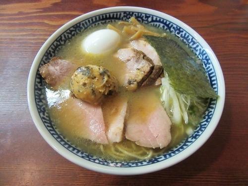 「限定 塩Butter拉麺(850円)+味玉100円」@良温(Ra-on)の写真