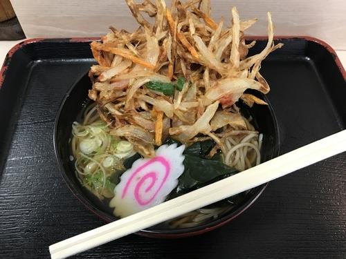 「かき揚げそば【450円】」@立食い 立呑み こみやの写真