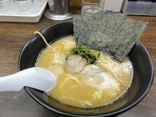 「ラーメン500円」@らーめん 吟太の写真