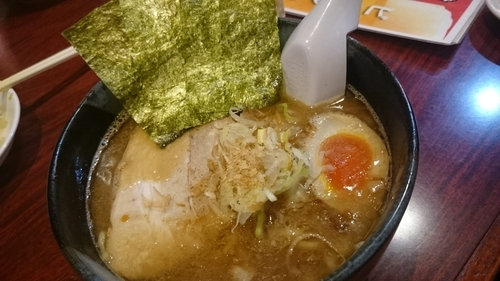 「魚介豚骨ラーメン750円?」@大島ラーメン 渋谷店の写真