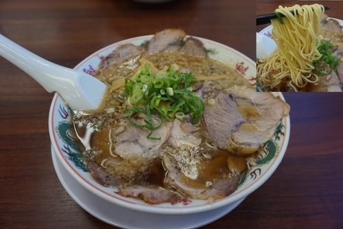 「特製醤油肉そば918円」@ラーメン魁力屋 弘明寺店の写真