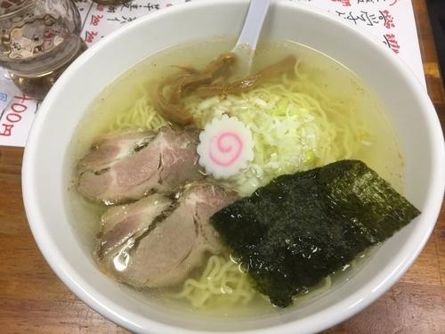 「塩らーめん+チャーシュー1枚(ランチサービス)550円」@向嶋 だるまの写真