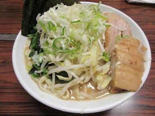 「ミニラーメン豚一切(710円)+海苔レンソウ」@ちばからの写真
