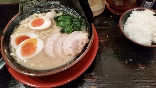 「MAXラーメン」@伊勢佐木家 武蔵浦和店の写真