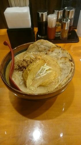 「北海道 味噌漬け 炙りチャーシュー麺」@麺場 田所商店 熊谷銀座店の写真