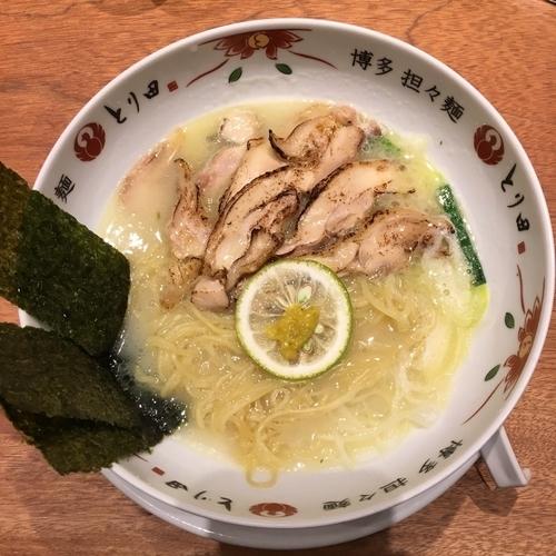 「チャーシュー鶏白湯麺 (950円)」@博多担々麺 とり田 KITTE博多店の写真