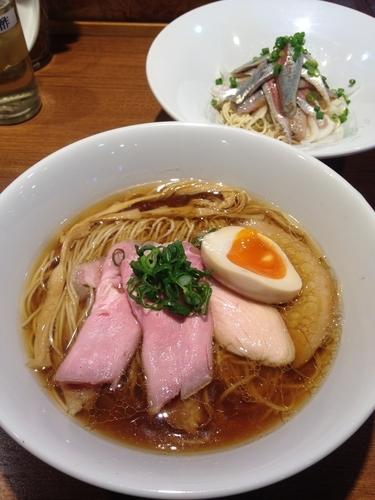 「川越醤油ラーメン鶏  いわしそば」@寿製麺よしかわ 川越店の写真