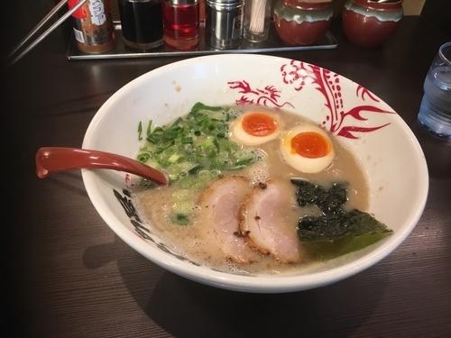 「味玉ラーメン」@ラー麺 ずんどう屋 京都八幡店の写真