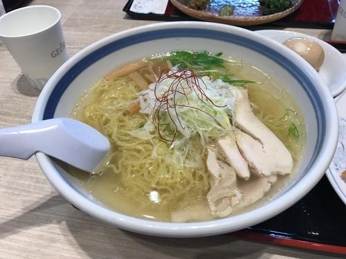 「とり中華ソバ」@味よし 三井アウトレットパーク仙台港店の写真