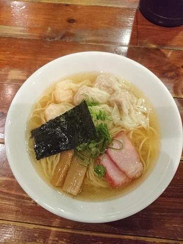 「特製ワンタン麺 白だし 1000円」@八雲の写真