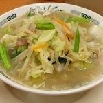 「野菜たっぷりタンメン(500円)」@日高屋 北千住西口駅前店の写真