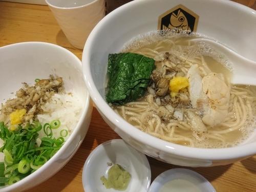 「【1周年限定】とらふぐラーメン+とらふぐ雑炊丼1500円」@真鯛らーめん 麺魚の写真