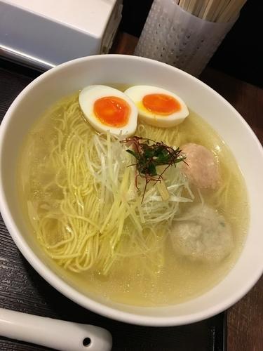 「あら炊き塩らぁめん味玉トッピング」@麺屋 海神 吉祥寺店の写真