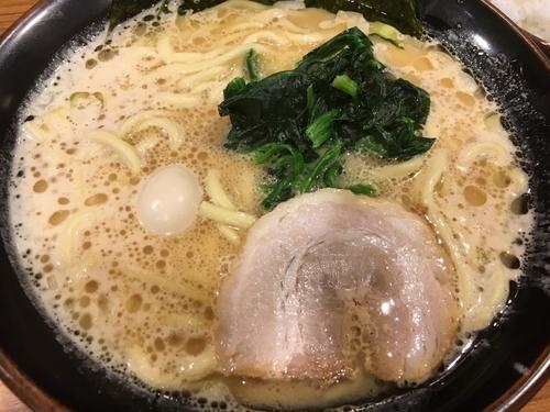 「ラーメン 730円」@横浜家系ラーメン 壱角家 池袋東口店の写真
