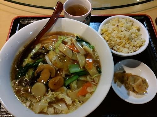 「広東麺セット800円(半炒飯、搾菜付)」@中国家庭料理 你好 目黒店の写真