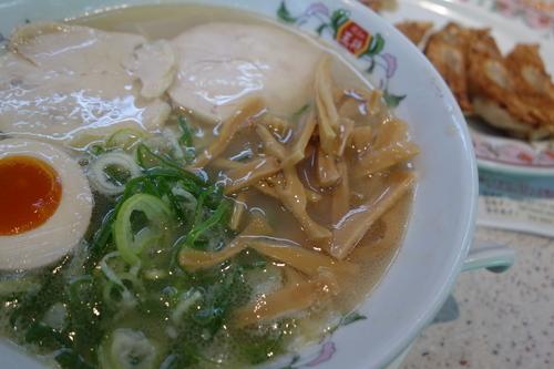 「鶏白湯ラーメン594円」@餃子の王将 野田店の写真