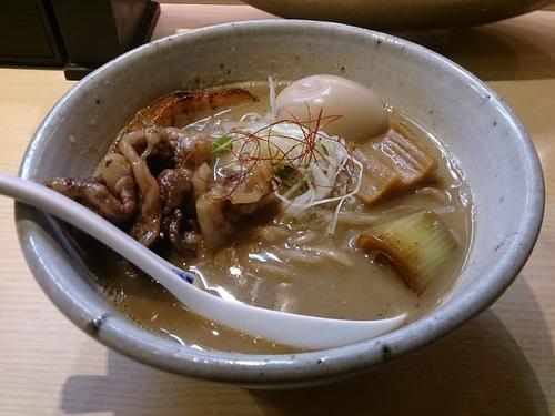 「味玉らーめん+黒毛和牛肉」@麺や 高倉二条の写真