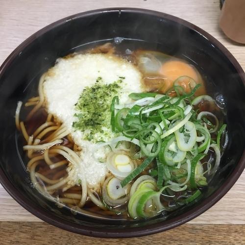 「とろろ玉子(¥400)」@信濃路 平和島店の写真