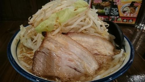 「ふじもりラーメン麺大盛、野菜大盛、濃い目、アブラ増し」@G麺ふじもり 三島店の写真