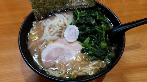 「ラーメンほうれん草まし」@横浜ラーメン てっぺん家 元住吉店の写真