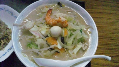 「ちゃんぽん麺+半チャンセット」@あぐんちゃの写真
