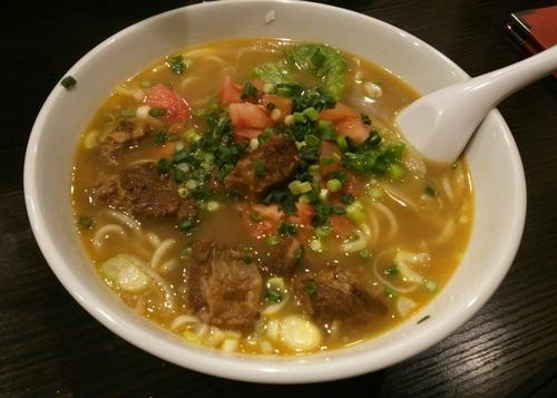 「牛肉ラーメン 950円」@海龍宮 重慶火鍋の写真