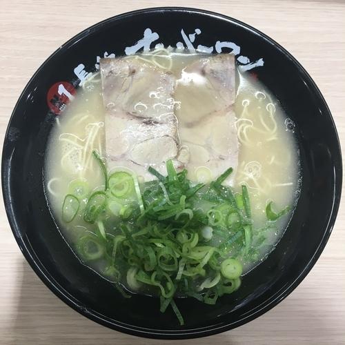 「長浜ラーメン (650円)」@長浜ナンバーワン 松山店の写真