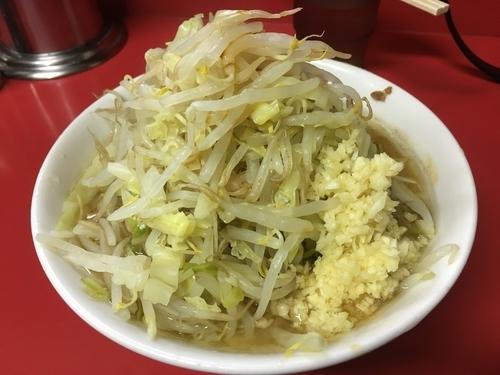 「麺半分豚二枚」@ラーメン二郎 茨城守谷店の写真