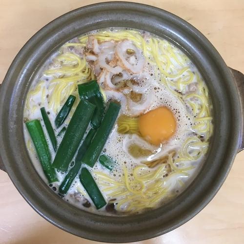 「鍋焼きラーメン大 (700円)」@鍋焼きラーメン千秋の写真