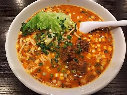 「担々牛肉麺」@海龍宮 重慶火鍋の写真
