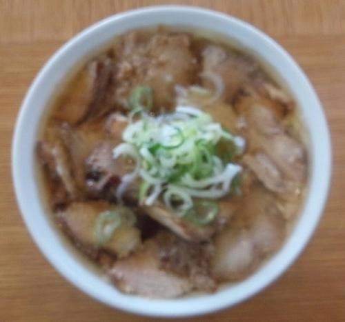 「お肉ラーメン(ちゃーしゅーメン)味普通・麺固め、800円」@香福の写真