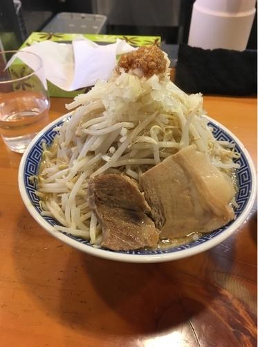 「ラーメン にんにく少なめ」@山勝角ふじ 新松戸店の写真