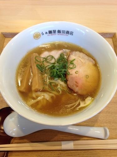 「煮干しらぁめん」@らぁ麺 飯田商店の写真