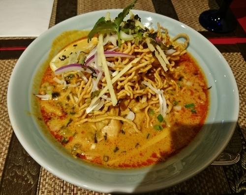 「カオソーイ 1080円」@タイ料理レストラン Smile Thailandの写真