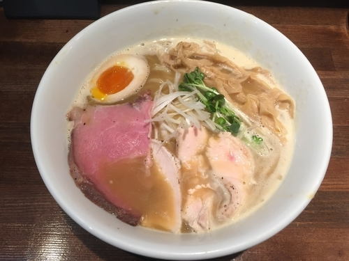 「濃厚鶏白湯」@えびす丸の写真