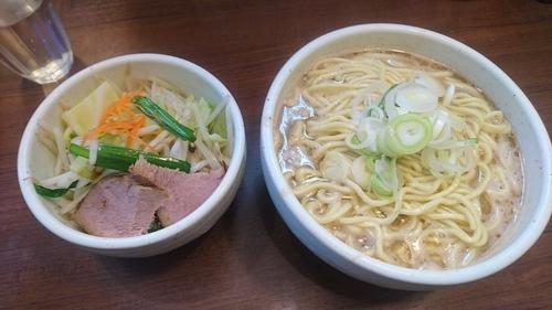 「ラーメン(プレーン野菜)」@麺処 一笑の写真