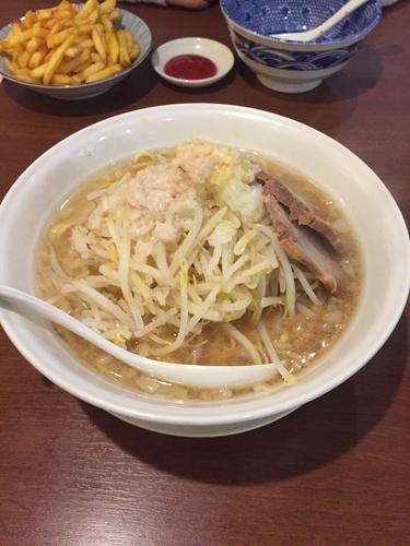 「みちる麺」@ガツ盛リラーメン みちる屋 松戸店の写真