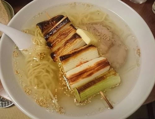 「中華そば(塩)+バター+千住ねぎ」@酒・麺処 らん亭の写真