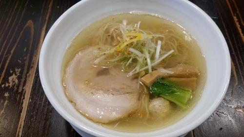「鶏だし塩ラーメン」@吉田商店の写真